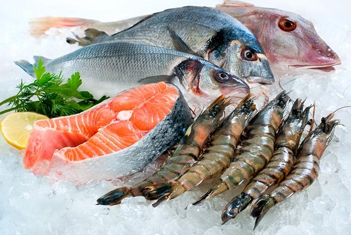 cá và các loại hải sản giàu canxi tốt cho tóc