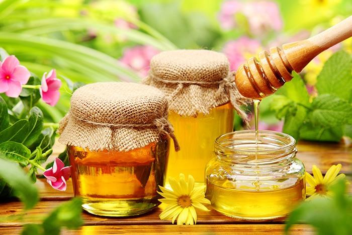 mật ong là thực phẩm giúp ngủ ngon