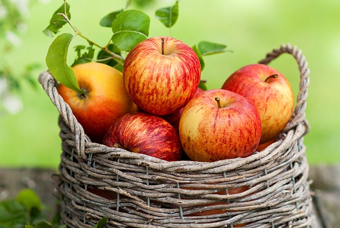 táo đỏ là thực phẩm tốt cho gan