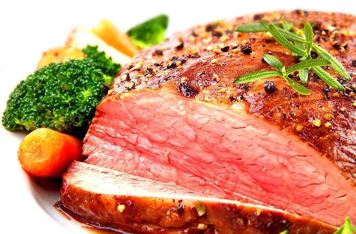 thịt bò nạc giàu sắt tốt cho phụ nữ sau sinh