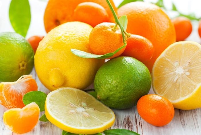 trái cây chứa nhiều vitamin C giúp thải độc gan