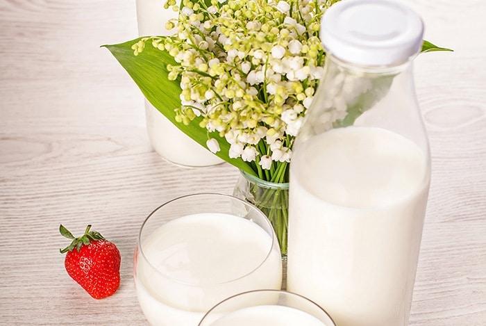 uống sữa mỗi ngày giúp tóc khỏe đẹp