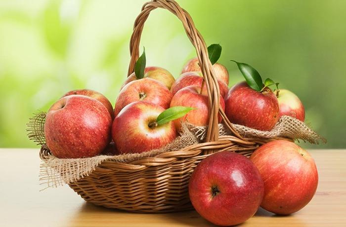 ăn táo hàng ngày để mát gan
