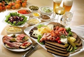 Khẩu phần ăn chất lượng với thực phẩm nhiều calo