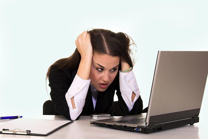 Làm việc căng thẳng ảnh hưởng đến kinh nguyệt
