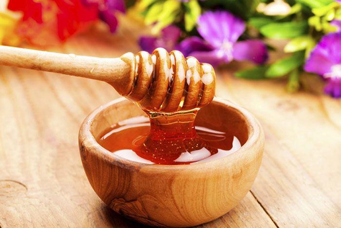 Mật ong là một trong thứ giảm béo bụng