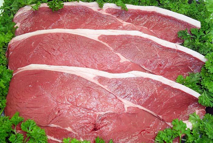 Thịt động vật là thực phẩm giúp tăng cân