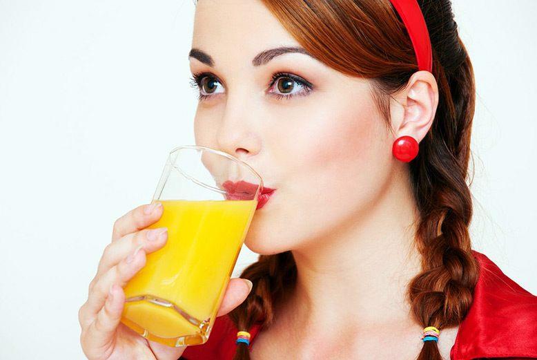 Giảm cân bằng cách uống nước