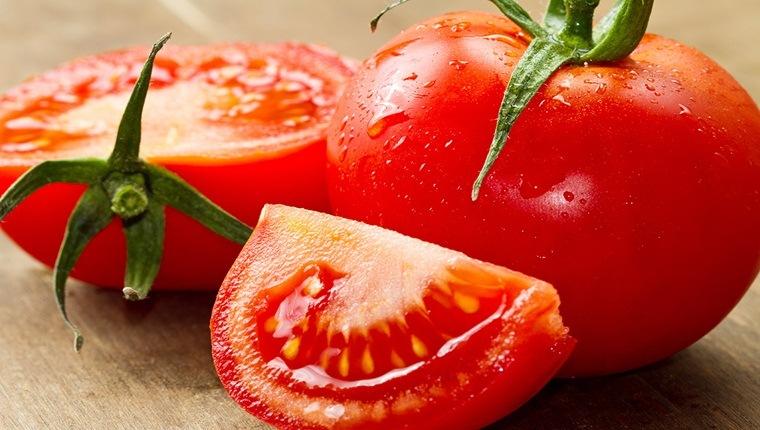 Tuyệt chiêu giảm cân bằng cà chua thần tốc cho bạn gái