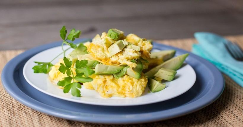 Cách 3: Giảm cân bằng hành tây chiên trứng