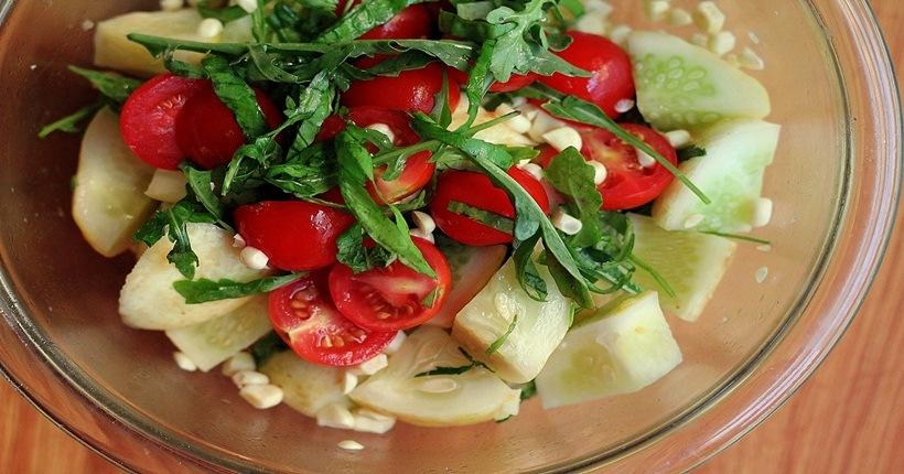 Cà chua – thức ăn phòng chống ung thư vòm họng nên lựa chọn