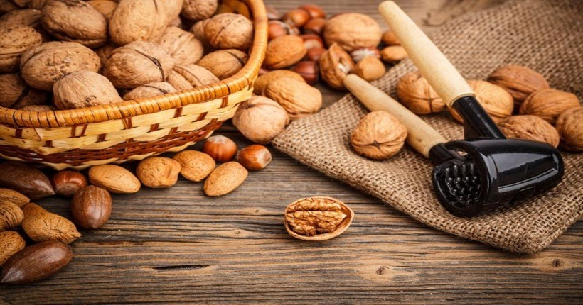 Thực phẩm giúp điều hòa nhịp tim từ các loại hạt
