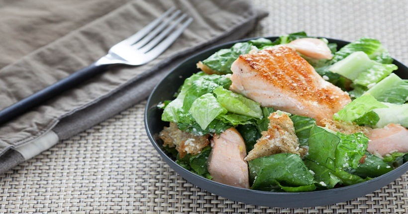 Thực phẩm tăng nội tiết tố nữ: Cá hồi