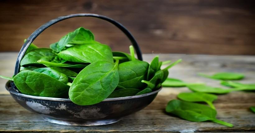 Thực phẩm tốt cho mắt cận – Rau bina