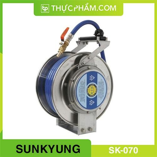 voi-phun-nuoc-cuon-tu-dong-sunkyung-sk-070