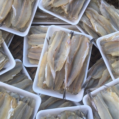 Cá bống mối xẻ róc xương