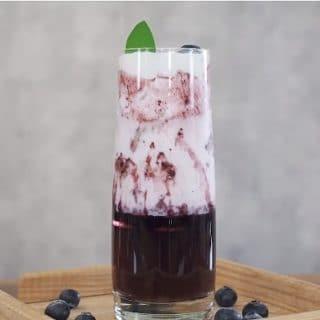 cách pha chế Blueberry latte macchiato